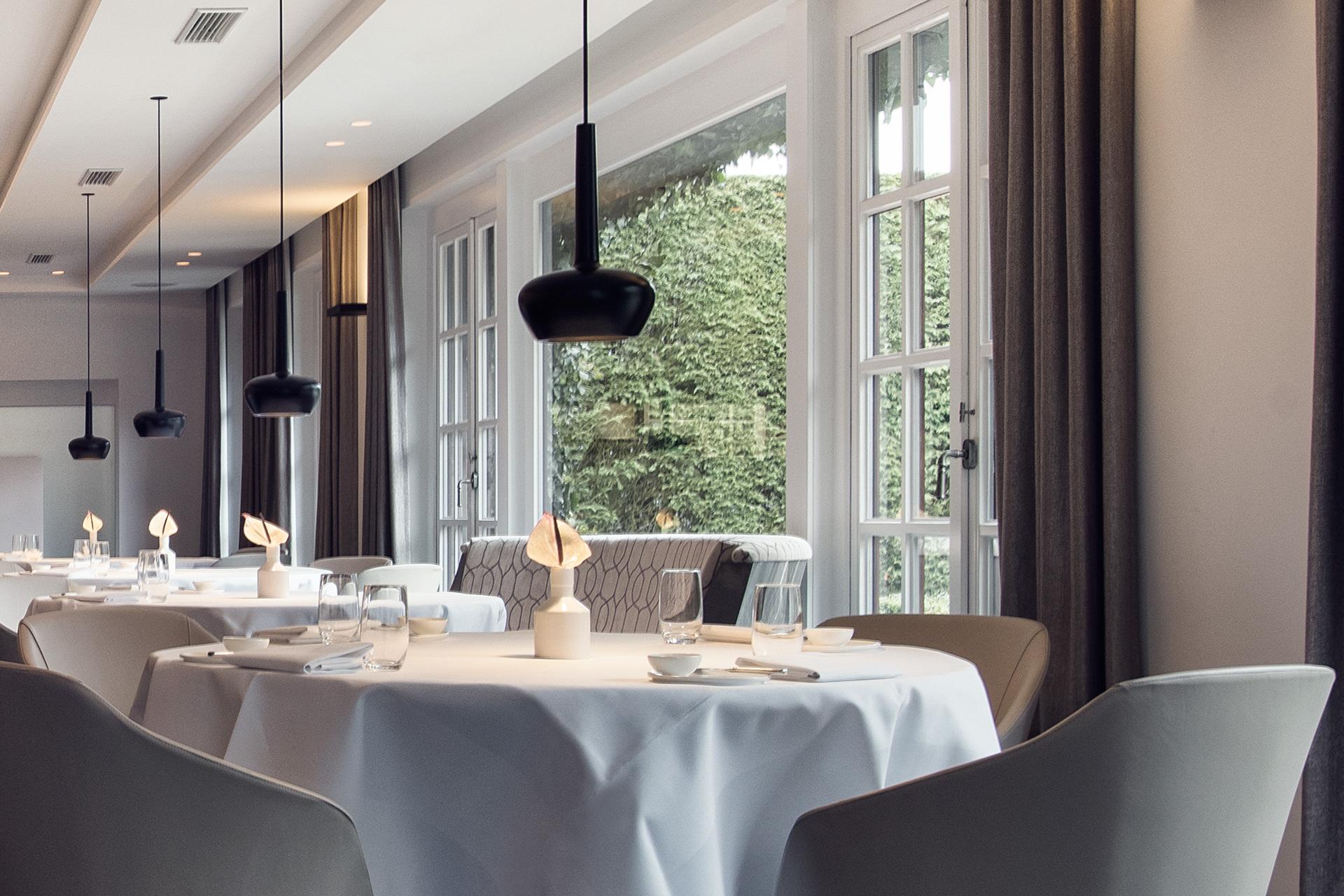 Valentine: Fine dining in Restaurant La Source - Domaine La Butte aux Bois